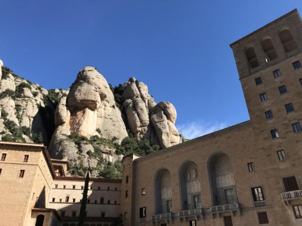 61 Montserrat