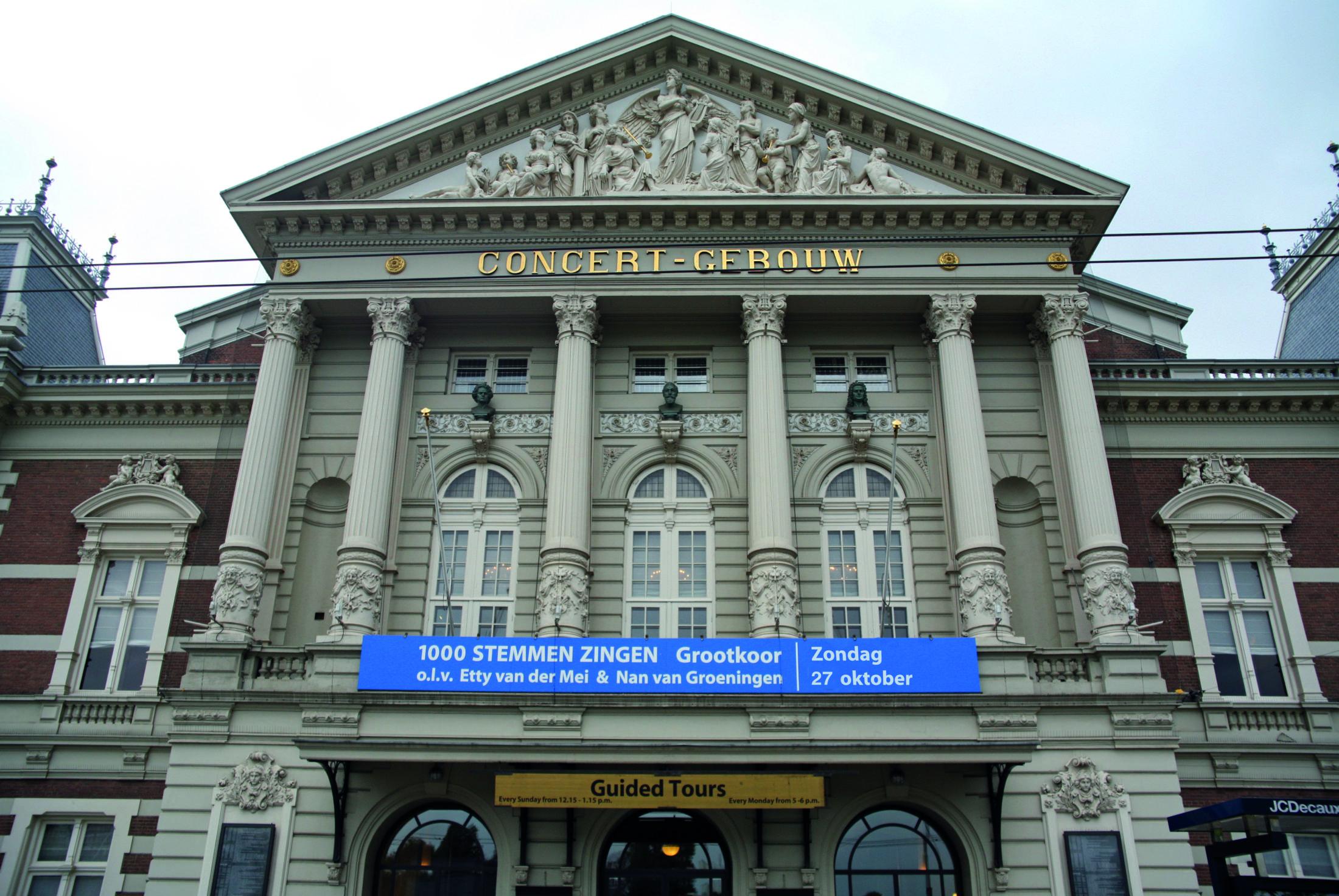 Concertgebouw met datum