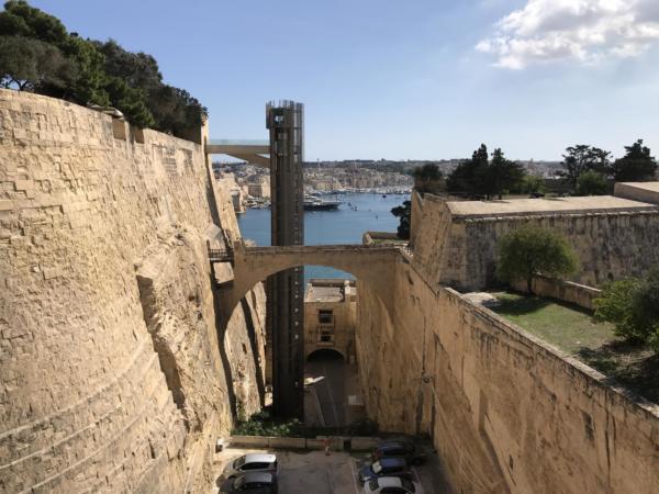 52 Malta